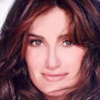 Idina Menzel Comments On HOLIDAY WISHES & Shares Track List