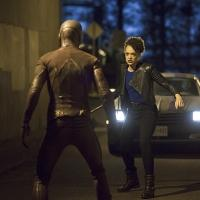 BWW Recap: THE FLASH Does a GREASE Duet (Seriously), Andy Mientus Returns as the Piper