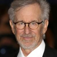 Steven Spielberg to Helm READY PLAYER ONE Film Adaptation