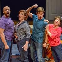 BWW REVIEW: CLOSER THAN EVER Opens Door to Directing for Leigh Barrett