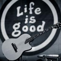 Jack Johnson, Hall & Oates, YO GABBA GABBA! Set for Life is Good Festival This Weekend