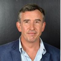 Steve Coogan to Replace Philip Seymour Hoffman in New Showtime Comedy Pilot HAPPYISH
