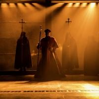 BWW TV: Watch Highlights from WOLF HALL on Broadway!