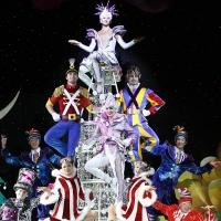 BWW Reviews: Cirque Dreams Celebrates the Season with Jolly HOLIDAZE
