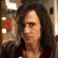 Tom Hiddleston Talks Shakespeare & HAMLET Influence On ONLY LOVERS LEFT ALIVE