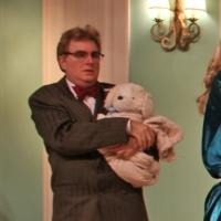 BWW Reviews: SUITE SURRENDER at the Carrollwood Players