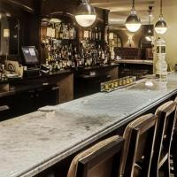 Bar of the Week: DESMOND'S in Midtown Manhattan