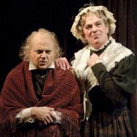 BWW Reviews: The Alley Theatre's A CHRISTMAS CAROL - A GHOST STORY OF CHRISTMAS is Hauntingly Delightful and Heartwarming