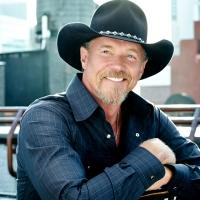 Trace Adkins Brings THE CHRISTMAS SHOW TOUR to PPAC Tonight