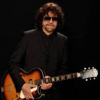 ELO's JEFF LYNNE Named 2014 Recipient of Star on Hollywood Walk Of Fame