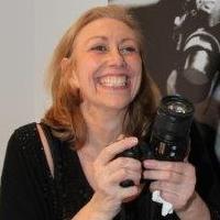 Galerie Dumonteil Presents Photographer Annie Watt's Impromptu Portraits, Beginning Today