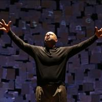 Photo Flash: Ruben Santiago-Hudson Stars in Signature Theatre's HOW I LEARNED WHAT I LEARNED, Opening Tonight
