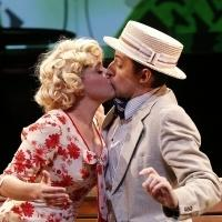 BWW Reviews: Absurdist Satire Meets Musical Comedy in RED EYE OF LOVE