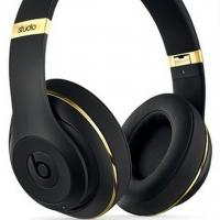 Alexander Wang Teams Up With Beats by Dr. Dre