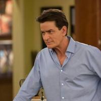 Charlie Sheen's ANGER MANAGEMENT Returns to FX Beginning Tonight