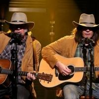 VIDEO: TWO NEILS: Jimmy Fallon Sings 'Old Man' Alongside the Real Neil Young on TONIGHT