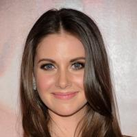 COMMUNITY Star Alison Brie Guests on MTV's NIKKI & SARA LIVE Tonight
