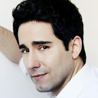 BWW Reviews: Tony Winner John Lloyd Young Croons in OC Valentines Concert