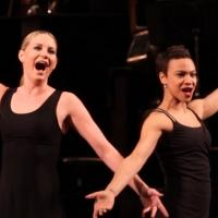 BWW TV: CHICAGO Gets Two New Murderesses- Jennifer Nettles and Carly Hughes Sing from the Show!