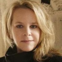 An Acoustic Evening with Mary Chapin Carpenter and Shawn Colvin Set for NH's Capitol Center Tonight