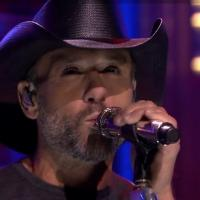 VIDEO: Tim McGraw Performs New Single 'Overrated' on TONIGHT SHOW
