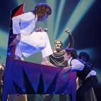 BWW Reviews: Paramount Theatre's THE WHO'S TOMMY Struggles to Find Its Voice