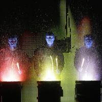 BWW Reviews: BLUE MAN GROUP at Kingsbury Hall is Stimulating and Invigorating