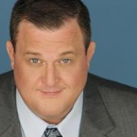 MIKE & MOLLY's Billy Gardell Coming to Treasure Island, 4/10