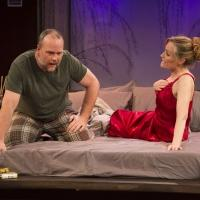 BWW Reviews: Stages Repertory Theatre's SEXY LAUNDRY is a Sweet Romantic Comedy