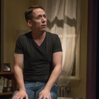 BWW Review: It's a One-Man METHTACULAR! Indeed