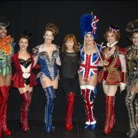 Photo Flash: Reba McEntire and Kelly Clarkson Visit KINKY BOOTS in Tennessee