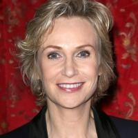 Jane Lynch to Guest on Disney's GIRL MEETS WORLD
