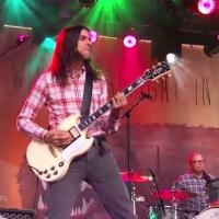 VIDEO: Watch Weezer Perform New Single 'Ain't Got Nobody' on JIMMY KIMMEL