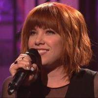 VIDEO: Carly Rae Jepsen Premieres 'All That' on SNL