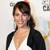 Amy Jo Johnson Set as Recurring Guest Star on USA's COVERT AFFAIRS