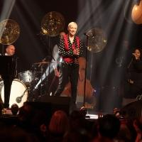 Annie Lennox Among Performers at Abbey Road Carols By Kindlelight Concert, Available Today