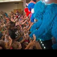 USO and Sesame Street Debut New 30-Minute Character Performance