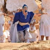 STAGE TUBE: Presentaci�n de 'Alad�n' en el Bioparc de Valencia