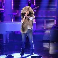 VIDEO: Nicki Minaj Performs 'Bed of Lies' ft Skylar Grey on TONIGHT