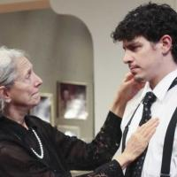 BWW Reviews: Philadelphia Theatre Company's 4000 MILES