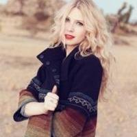 Brooke White Set for Annual Hometown Christmas Concert at Thousand Oaks Civic Arts Plaza Tonight