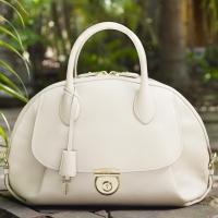 Ferragamo Debuts New Handbag Collection FIAMMA