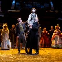 BWW Reviews: The Guthrie Theater and Lyric Arts Present Two Different Versions of the Heartwarming A CHRISTMAS CAROL