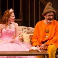 BWW Reviews: Durang Gets Laughs with Chekhov Themes in VANYA & SONIA & MASHA & SPIKE at Hartford Stage