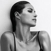 New Christy Turlington Burns Calvin Klein Underwear Ad Revealed