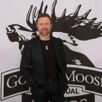 Craig Morgan Receives Golden Moose Award for Hit TV Series