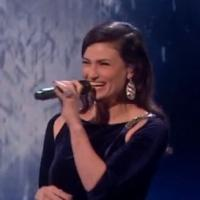 Idina Menzel & Michael Buble Perform Holiday Classic On THE X FACTOR