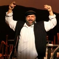 BWW Reviews: CM PAC's FIDDLER ON THE ROOF