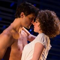 BWW Reviews: DIRTY DANCING � They Should Have Left Baby in the Corner