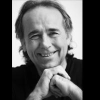 Joan Manuel Serrat Named Latin Recording Academy's 2014 Person of the Year